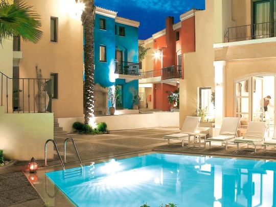 Почивка в GRECOTEL PLAZA SPA APARTMENTS