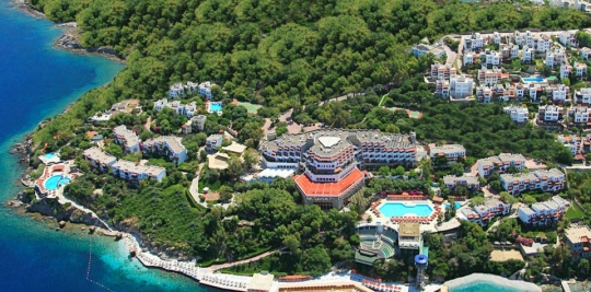 Почивка в GREEN BEACH RESORT 5*