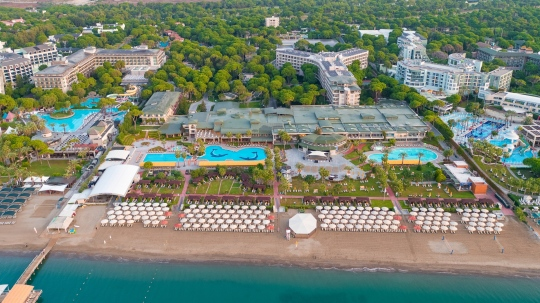 Почивка в MARITIM PINE BEACH RESORT 5 *